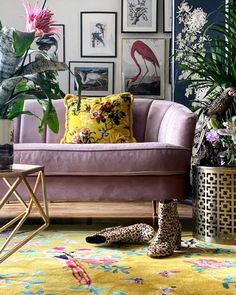 Exclusive designer bird rug from Wendy Morrison - a vibrant ray of sunshine for your home. Living Spaces, Living Room, Yellow Rug, Home Decor Inspiration, Decoration, Bunt, Sweet Home, Room Decor, House Design