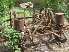 Two Row Corn Planter Antique Tractors, Old Tractors, Vintage Farm, Tractor Implements, Old Wagons, Old Farm Equipment, Pine Cone Decorations, Farm Tools, Down On The Farm