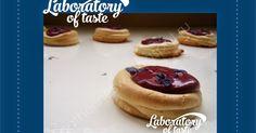 Laboratory of taste: Pavlova с кремю из черной смородины, черники и фиалки