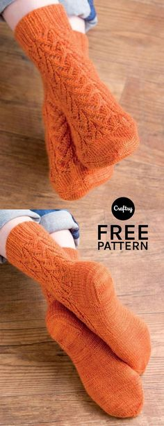 Knitting Patterns Needles The detailed stitching in the Valencia pattern is what makes these socks truly eye-catching. Knitting Blogs, Knitting Stitches, Knitting Patterns Free, Free Knitting, Knitting Projects, Knitting Socks, Knitting Needles, Crochet Projects, Stitch Patterns
