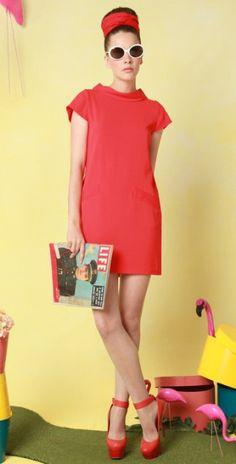 Alice + Olivia Diaz boxy shift red dress