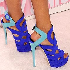 stop...love this color! I'd kill myself trying to walk though. Lol