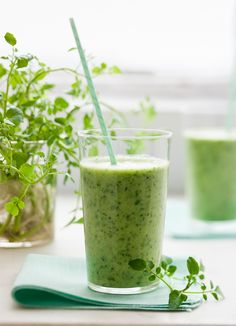 3 Smoothie Recipes For Clearer Skin