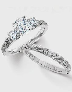 engagement ring and wedding band set; obsessed!!!! #UniqueEngagementRings