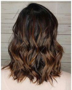 HAZELNUT 🌰 Textured Lob ___________________________________  #autumnhair#brunettebalayage#brunette#hairgoals#modernbeautycanada#modernbeauty#imallaboutdahair#beautifinder#yychair#yychairstylist#yycsalons#beautifinder#olaplex#loveurhairr#texturedbob