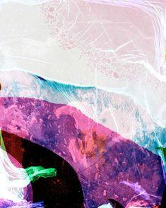 L'artiste Finlandais Erno-Erik Raitanan crée ces images en cultivant des bactéries venant de son corps dans la couche de gélatine d'un film négatif couleur de la même façon que les scientifiques cultivent des bactéries dans des pétris.
