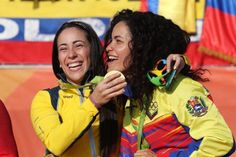 La carrera de la bicicrosista venezolana Stefany Hernández hacia la medalla olímpica en Río 2016 comenzó en 2013 tras un fracaso. Quería la de oro y resultó bronce, pues la colombiana Mariana Pajón volvió a coronarse, por lo que en cuatro años quiere darle caza a su amiga contra quien compite hace 17 años.</p>