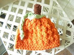 Crochet newborn pumpkin hat. via Etsy.