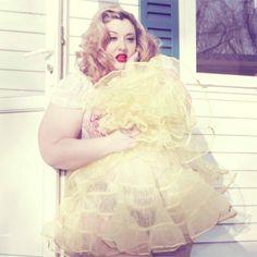 Plus Model Velvet D'Amour