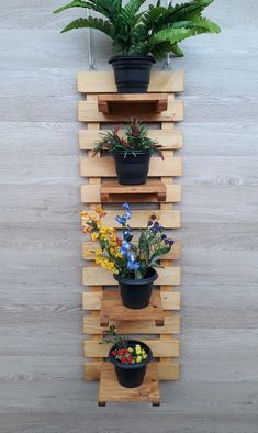 Diy Wall Planter, Garden Planter Boxes, Wooden Pallet Projects, Small Wood Projects, House Plants Decor, Plant Decor, Pallet Flower Box, Floating Shelves Diy, Plant Holders