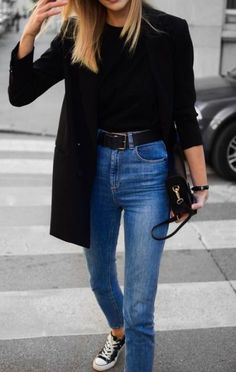 to wear blazer with sneakers black blazer and sneakers outfit; katiquetteblack blazer and sneakers outfit; Outfit Jeans, Blazer Outfits Casual, 7 Jeans, Blazer Fashion, Fashion Outfits, Jeans Skinny, Sweater Outfits, Dress Outfits, Black Blazer Casual