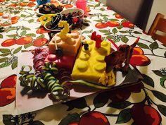 Lego Dinosaur Sugarpaste cake