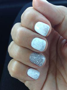 Summer sparkle white gel nails!