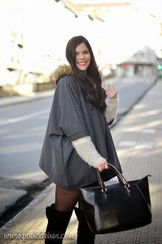 PAULA DEIROS SECRETS: Grey Cape & Skirt #kissmylook