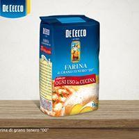 """Avete qualche occasione alle porte? Siete alle prese con rustici e dolci? La Farina di Grano Tenero """"00"""" De Cecco è perfetta per entrambi. www.dececco.it"""
