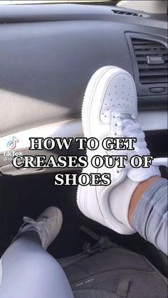 Hype Shoes, On Shoes, Me Too Shoes, Jordan Shoes Girls, Girls Shoes, Diy Clothes Life Hacks, Clothing Hacks, Nice Jordans, Vintage Nike Sweatshirt