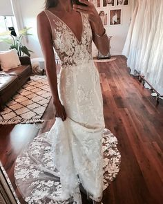 Wonderful Perfect Wedding Dress For The Bride Ideas. Ineffable Perfect Wedding Dress For The Bride Ideas. Perfect Wedding, Dream Wedding, Wedding Day, Size 12 Wedding Dress, Spring Wedding, Wedding Dresses Online, Bodice Wedding Dress, Italian Wedding Dresses, Wedding Table