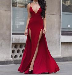 161 usd.Long Prom Dresses,V Neck Prom Dresses,Spagheti Straps Prom Dresses,Burgundy Satin Prom Dresses,Long Party Dresses for Teens,Long Graduation Dresses,Prom Dresses with Slit