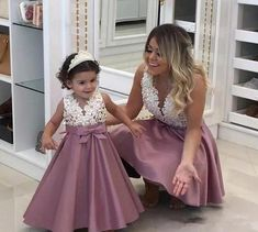 mother daughter matching dresses 2020 beaded lace appliqué dusty pink prom gown kids prom dress (price is for both mother and daughter dresses) Mommy Daughter Dresses, Mother Daughter Dresses Matching, Mother Daughter Fashion, Mother Daughter Wedding, Kids Prom Dresses, Elegant Prom Dresses, Prom Dresses 2018, Dress Prom, Baby Party Dresses