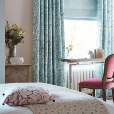 Sanderson - Traditional to contemporary, high quality designer fabrics and wallpapers | Products | British/UK Fabric and Wallpapers | Rhapsody (DTEA254883) | Tea Garden