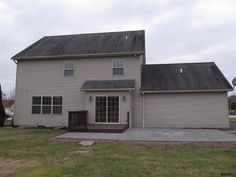 15 Hounds Run, Gettysburg, PA 17325 $269,900 4bd 3ba hardwood floors new kitchen big yard  -- a little north of Gettysburg.