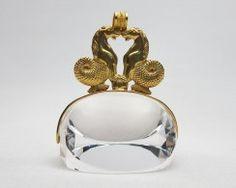 crystal-seahorse-fob