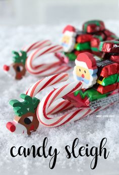 How to Make a Candy Sleigh. ADORABLE! DIY mini Santa candy sleigh for classrooms, gifts, or stocking stuffers. Super easy to make!