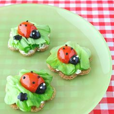Funny recipe for kids Fun Snacks For Kids, Kids Meals, Kreative Snacks, Tapas, Mini Sandwiches, Beautiful Fruits, Party Platters, Food Themes, Food Humor