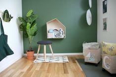 Bårdshaug – Salvesen og Thams    Farge: Jotun palmetto Home Bedroom, New Homes, Walls, Nursery, Beige, Flooring, Play, Colors, Children