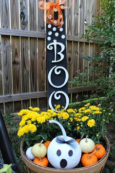 Southern Belle Inspired : Painting Pumpkins