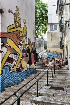 Lisboa - mouraria travel around, the neighbourhood, retir Female Viagra, Nail Design Video, Healthy Living Magazine, Beauty Art, Video Photography, Etsy Vintage, Travel Around, The Neighbourhood, Eye Liner