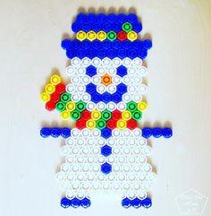Кому уже начинает казаться, что скоро Новый Год?  Начинаем делиться идеями к этому замечательному и всеми любимому празднику  Такого снеговичка, можно поставить на окошко, под ёлку, во дворе ☃️☃️ Морковку, можно сделать объёмной, крышечки на три-четыре вперёд  А кто ещё не успел наесть столько крышечек - есть время наверстать)))) ❄️#НГ_фрутокрышка_shushuhome_ap ❄️ #новыйгод #поделкикновомугоду #поделкикновомугодусвоимируками #поделкикновомугодусдетьми #фрутокрышки #схемы