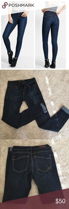 Express Mis Rise Dark Wash Jegging Sleek and comfy jeans in dark wash. Zipper button fly closure. Only worn once. I tried to convince myself that I would lose weight to fit into these, but let's be real. These are a 4 long. Please do not ask if I trade because I do NOT TRADE. Thanks 😸 Express Jeans Skinny