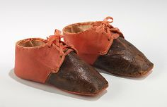 Shoes American leather Dimensions: 2 x 4 in. x cm) Credit Line: Brooklyn Museum Costume Collection at The Metropolitan Museum of Art. Accession Number: b Antique Clothing, Historical Clothing, Historical Dress, Vintage Shoes, Vintage Outfits, Victorian Fashion, Vintage Fashion, Leather Baby Shoes, Costume Collection