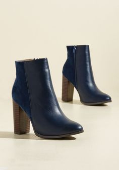 Brooklyn Beauty Vegan Bootie. Dashing from Williamsburg coffee shops to Greenpoint galleries, you turn heads in these navy blue booties! #blue #modcloth