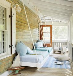 Who's ready for a nap? #porchgoals : @briewilliams, Architect + designer: @starrsanforddesign, Styling: @lizstrongstyle