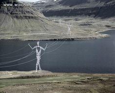 Słupy elektryczne w Islandii