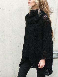The ILEAIYE warm comfy sweater in Black Ltd Edition by ileaiye
