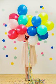 Fiesta con globos de colores - DEF Deco | Decorar en familia