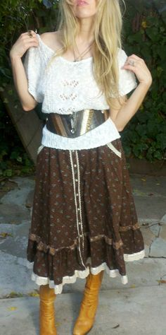 Jessie Get Your Gun Brown Gunne Sax Vintage 70s Floral Skirt. $32.00, via Etsy.