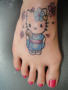 My Hello Kitty Kimono Tattoo on my foot :) Cool Tattoos, Tatoos, Hello Kitty Tattoos, Japanese Artwork, Hello Kitty Birthday, Hello Kitty Wallpaper, Irezumi, Cat Tattoo, Plush Dolls
