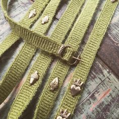 Todays work: green belt in tablet weaving Card Weaving, Tablet Weaving, Medieval Belt, Medieval Clothing, Green Belt, Girdles, 14th Century, Weaving Techniques, Lantern