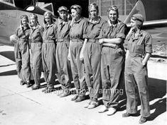 Photo WW2 CA 1943 Women Aviators Pilots | eBay