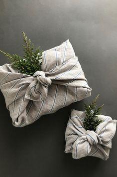 Gray furoshiki wrapping cloth with blue stripes. Reusable gift wrapping cloth Gray furoshiki wrapping cloth with blue stripes. Creative Gift Wrapping, Present Wrapping, Wrapping Ideas, Creative Gifts, Japanese Wrapping, Furoshiki Wrapping, Gift Wraping, Sustainable Gifts, Sustainable Living