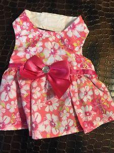Last One! Dog Dress Size XS Pink With White Floral Print #dogs http://www.ebay.com/itm/Dog-Dress-Size-XS-Pink-With-White-Floral-Print-/142026759512?hash=item2111745d58:g:608AAOSw-4BXYg7y
