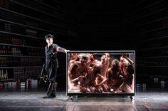 Die 120 Tage von Sodom at Volksbühne Berlin, photo: Thomas Aurin | damn this looks so creepy