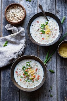 Delicious and healthy Oatmeal soup recipe -This healthy fiber rich savory oatmeal recipe helps you start the day on the right note... Loaded with veggies and fiber rich oatmeal, this oatmeal soup is not only healthy but delicious too!! #vegetarian #oatmeal #breakfast #vegan #soup #instantpot #healthyrecipes #dinnerrecipes #vegetables #30minuterecipes | cookingwithpree.com