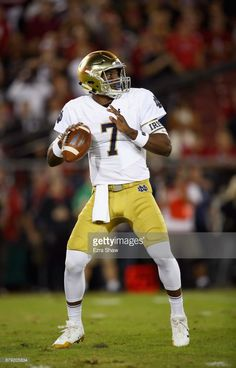 News Photo   Brandon Wimbush of the Notre Dame Fighting Irish... Notre Dame 7096cc885