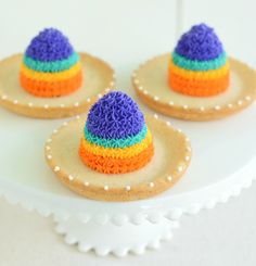 Sombrero Cookies...super easy to make and perfect for a Cinco De Mayo Fiesta!