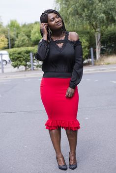 CURVES IN OFF-SHOULDER AND RUFFLE HEM SKIRT…